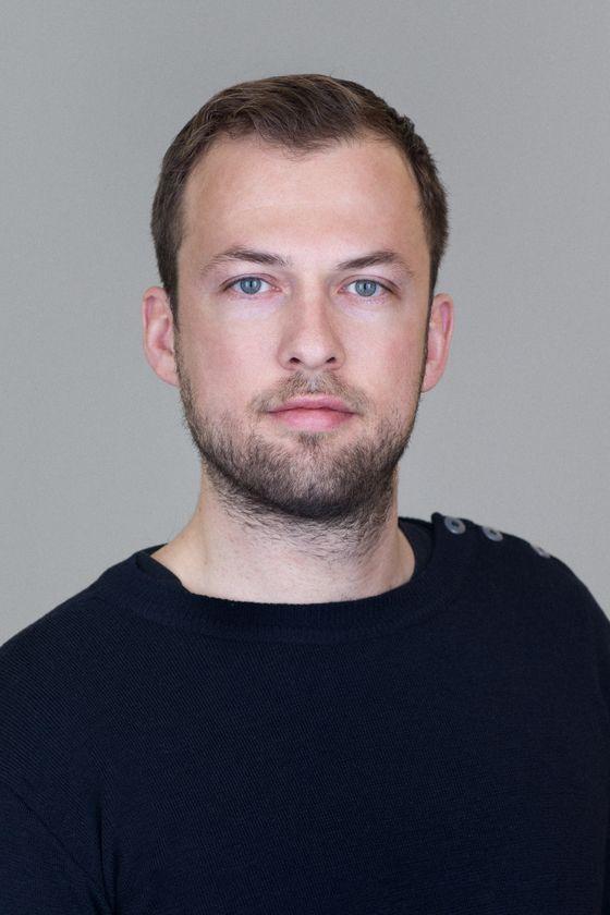 Asger Hagelund