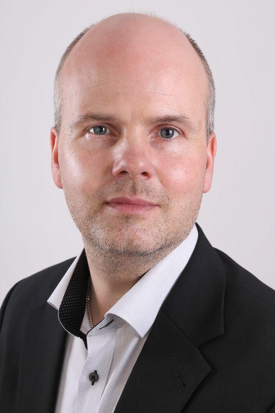 Lars Kuhre Mortensen